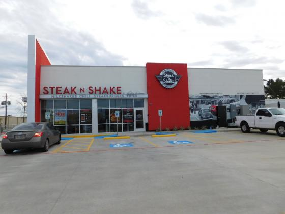 Steak 'n Shake goes to dine-out only due to COVID-19 concerns.